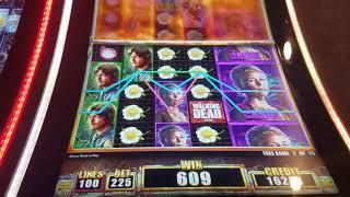 ***JACKPOT HANDPAY*** HUGE PROGRESSIVE Walking Dead 2