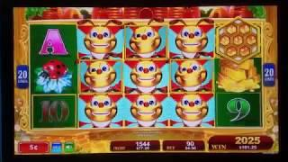 We All Bee Winning Lucky Honeycomb Twin Fever Slot