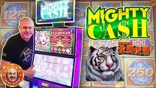 •Back to Back BONU$! •Full Screen of Coins on Mighty Cash! •| The Big Jackpot