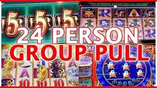 • 24 Person GROUP SLOT PULL• • Cosmo Las Vegas • Slot Machine Pokies w Brian Christopher • mifstudde
