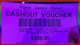 ** SLOT LOVER DOUBLED HIS $100 in 30 SECONDS ON A WIERD SLOT MACHINE ** SLOT LOVER **