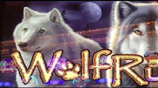 *HIGH LIMIT* Wolf Run •LIVE PLAY• Slot Machine Pokie at Caesars, Las Vegas