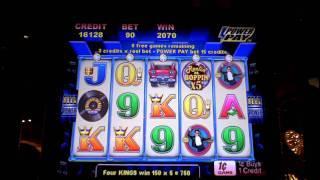 Reelin and Boppin slot machine bonus win at Parx Casino