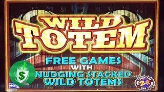 Wild Totem slot machine, Nudging Wilds