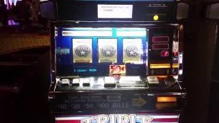 Top Jackpot on Triple Stars Slot Machine Hand Pay