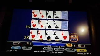Kicker Draw with Dealt Quad 2's on $1 Ultimate X Video Poker 3-play Hand Pay