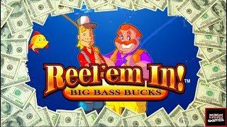 Fishin' For Jackpots! Reel Em In Slot Machine Bonuses and LIVE PLAY
