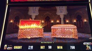 Lightning Link Slot Machine - 4 Bonuses - Heart Throb & Others