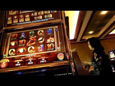 mustang money slot machine
