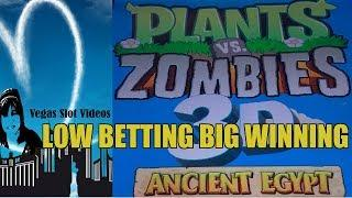 PLANTS VS ZOMBIES 3D SLOT MACHINE-BONUSES