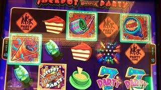 JACKPOT BLOCK PARTY •LIVE PLAY• MAX BET   Slot Machine at Harrahs SoCal