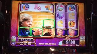 Willy Wonka Slot Machine Bonus - Giant Charlie Symbol Spins