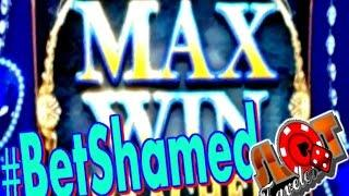 Group Play, Solo Play, Bet Shamed... Slot Machine Bonuses | SlotTraveler