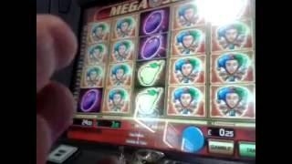 Wow!..win For Moaning Steve.(The Whole Board is Moving..Every Symbol).Quick.Look at Slot Machine Win