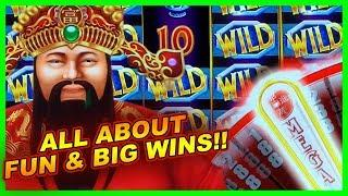 HOT SLOT MACHINE! • REEL RICHES DELUXE • BONUSES & JACKPOTS • GAMBLING WITH FRIENDS