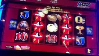 Wicked Winnings Respin Feature- Aristocrat Slot