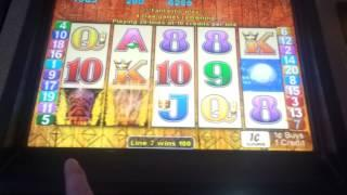 Tiki Torch (Aristocrat) - Max Bet Bonus Round