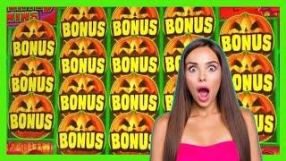 BIG WINS on Jack's Haunted Wins Slot Machine * Down to our last $20! | Casino Countess