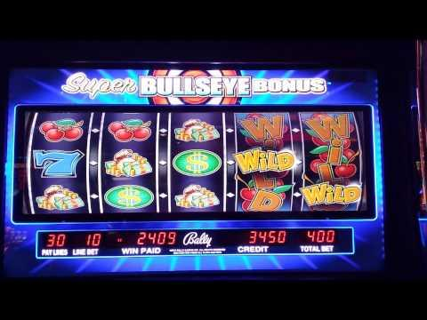 Super Bullseye slot machine bonus.