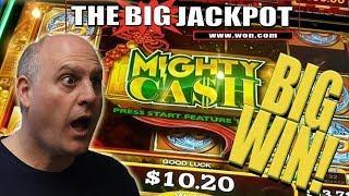 MIGHTY CASH WIN! FREE GAME BONUS ROUND •