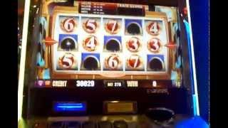 Aristocrat Buffalo Gold Cash Express train bonus