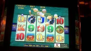Whales of Cash Slot Bonus - Aristocrat