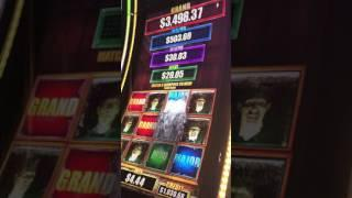Playing Walking Dead Slot Machine Jackpot Bonus Game