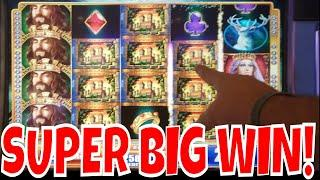 KINGS AND MULTIPLIERS!  Super Big Win on King & The Sword!