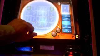 Jaws a Aristocrat slot machine bonus win at Trump Taj Mahal