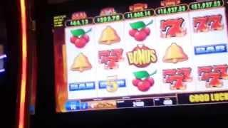 Bally's HotShot MAX BET Live Play with bonus